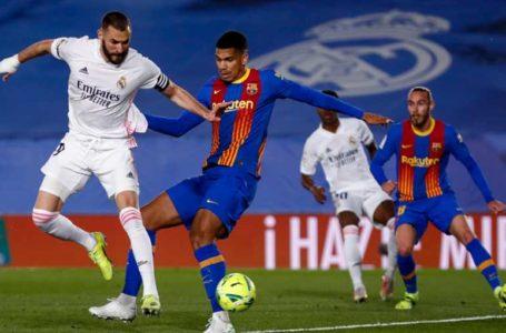 ريال مدريد يحسم الكلاسيكو ويرتقي لصدارة الدوري الإسباني مؤقتا